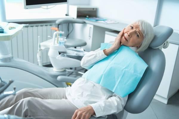 """Где недорого вылечить зубы? Дешевая стоматология Тольятти """"Зубочистка"""""""